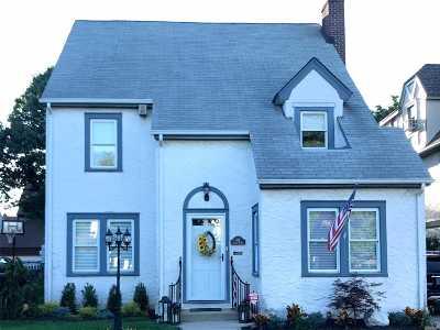 Rockville Centre Single Family Home For Sale: 102 Jackson Ave