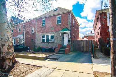 Flushing Single Family Home For Sale: 45-52 164th St