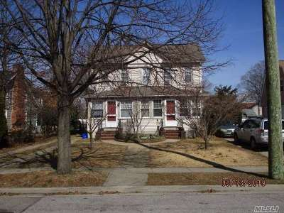Baldwin Multi Family Home For Sale: 933 Thomas Ave