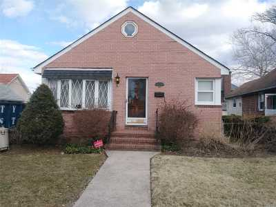 Whitestone Single Family Home For Sale: 12-39 162nd St
