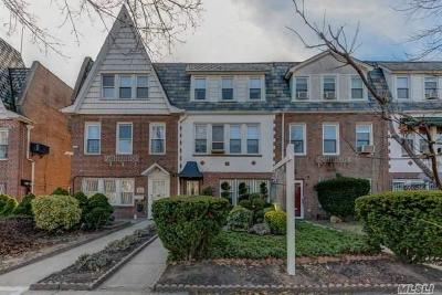 Forest Hills Single Family Home For Sale: 68-40 Clyde St