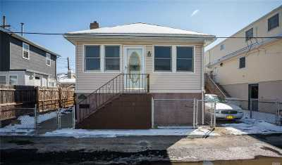 Brooklyn Single Family Home For Sale: 16 Merit Court