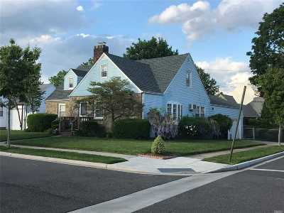 Mineola Single Family Home For Sale: 508 Foch Blvd