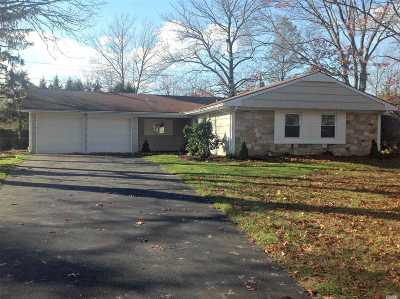 Stony Brook Single Family Home For Sale: 8 Spaulding Ln