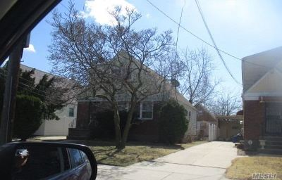 Queens County Single Family Home For Sale: 249-22 147 Ave