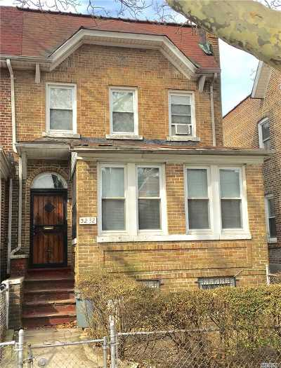 Jackson Heights Single Family Home For Sale: 32-32 85th St