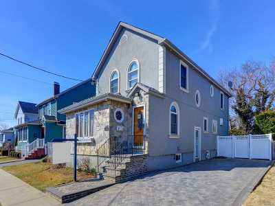 Massapequa Single Family Home For Sale: 21 Sunset Rd