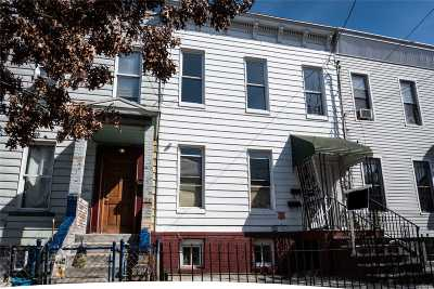 Brooklyn Single Family Home For Sale: 79 Crystal St