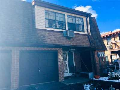 Queens County Condo/Townhouse For Sale: 408 121 St #26