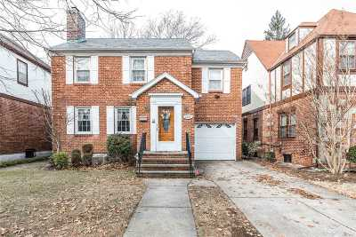 Queens County Single Family Home For Sale: 29-20 168th St