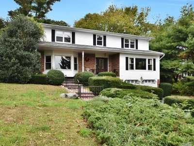 Suffolk County Single Family Home For Sale: 7 Harbor Park Ct