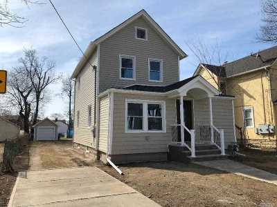 Nassau County Single Family Home For Sale: 23 Charles St