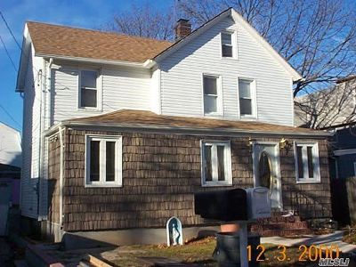 Nassau County Multi Family Home For Sale: 293 Washington Ave