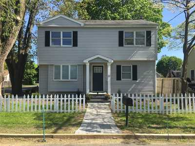 Huntington Sta Single Family Home For Sale: 57 Caldwell St