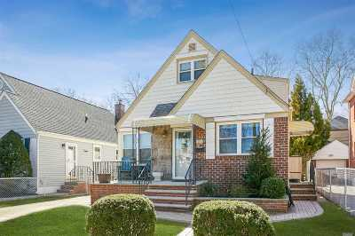 Flushing Single Family Home For Sale: 157-36 26th Ave