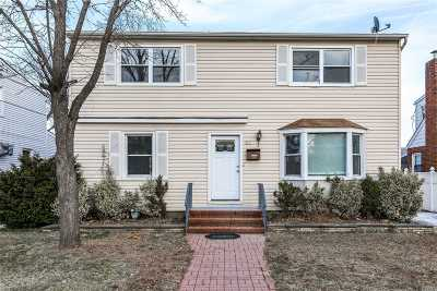 Nassau County Single Family Home For Sale: 66 Carl St