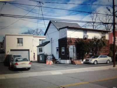 Lynbrook Commercial For Sale: 283 Hendrickson Ave