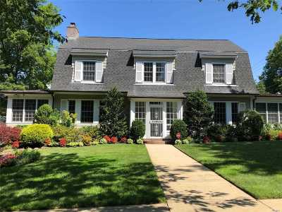 Douglaston Single Family Home For Sale