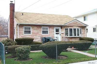 Queens County, Nassau County Single Family Home For Sale