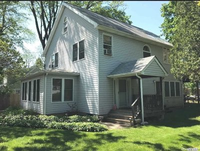 Locust Valley Single Family Home For Sale: 23 Hernan Ave