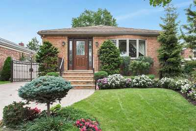Whitestone Single Family Home For Sale: 147-48 6th Ave