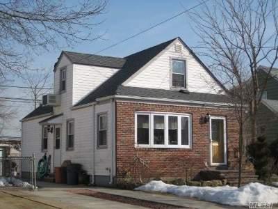 Williston Park Single Family Home For Sale: 418 Pennsylvania Ave