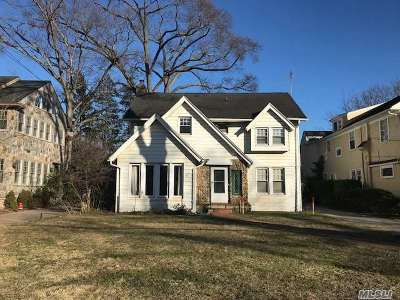 Rockville Centre Single Family Home For Sale: 99 Broadway