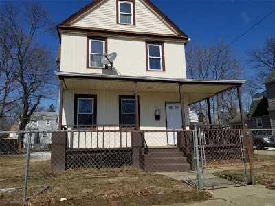 Freeport Single Family Home For Sale: 135 E Dean St