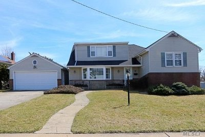 N. Bellmore Single Family Home For Sale: 1063 Adrienne Dr