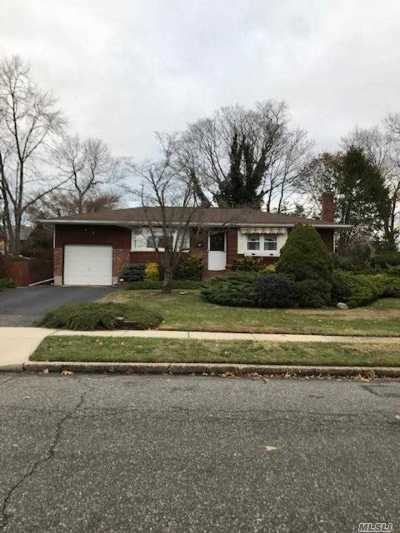 Smithtown Single Family Home For Sale: 5 Welsley Ln