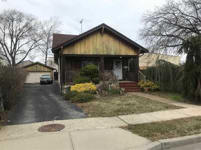 Lynbrook Single Family Home For Sale: 10 Wright Ave