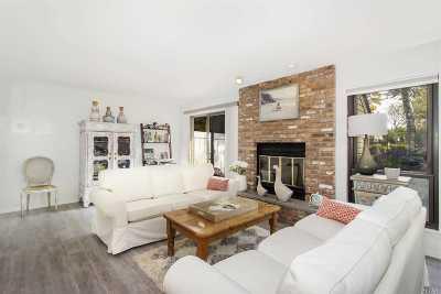 Southampton Single Family Home For Sale: 50 Hubbard Ln
