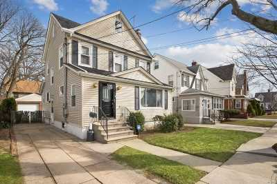 Floral Park Single Family Home For Sale: 159 Iris Ave