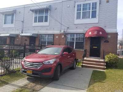 Brooklyn Single Family Home For Sale: 445 Hegeman Ave