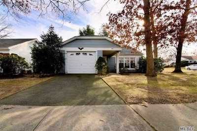 Ridge Condo/Townhouse For Sale: 472 Stratford Ln