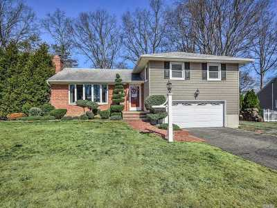 Glen Head Single Family Home For Sale: 63 N Todd Dr