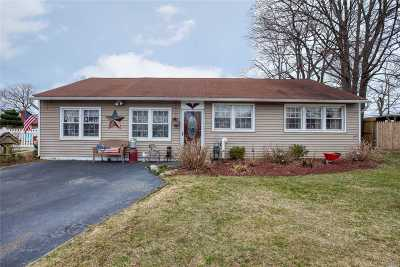 East Meadow Single Family Home For Sale: 2489 Fir Ct