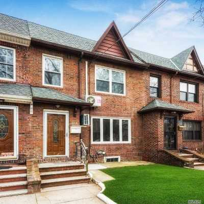 Middle Village Single Family Home For Sale: 63-36 83rd St