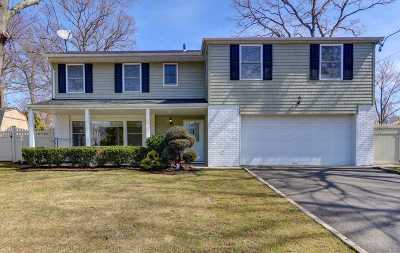 Syosset Single Family Home For Sale: 23 Spruce Ln