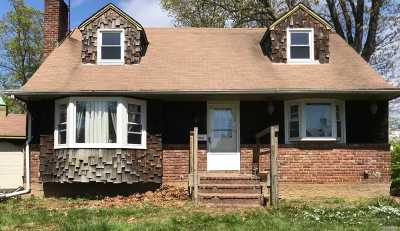 Seaford Single Family Home For Sale: 3835 Marion Ct