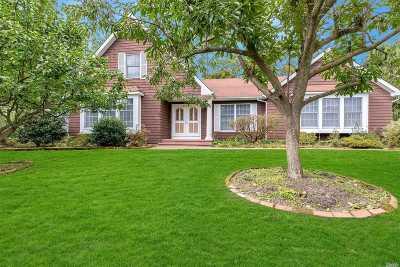 Setauket Single Family Home For Sale: 8 Sage Brush Ct
