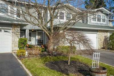 Holbrook Condo/Townhouse For Sale: 5 Greenwich Ct