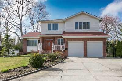 Roslyn Single Family Home For Sale: 167 Shrub Hollow Rd