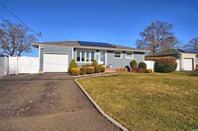 Deer Park Single Family Home For Sale: 317 W 7th St