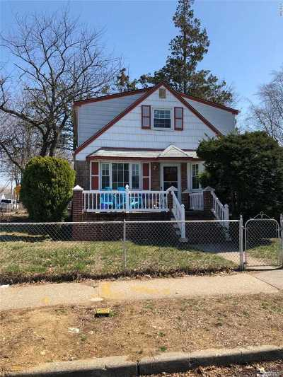 Floral Park Single Family Home For Sale: 80-03 258th St