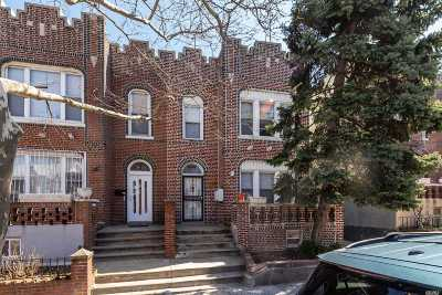 Jackson Heights Multi Family Home For Sale: 31-33 82nd Street