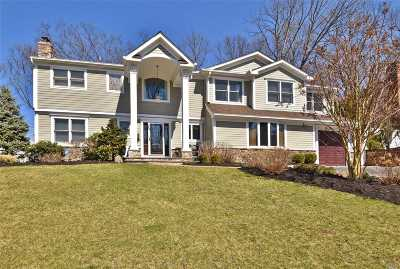 Oyster Bay Single Family Home For Sale: 10 Blueberry Ln