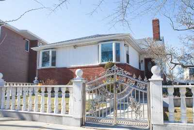 Bayside Single Family Home For Sale: 208-47 30th Ave
