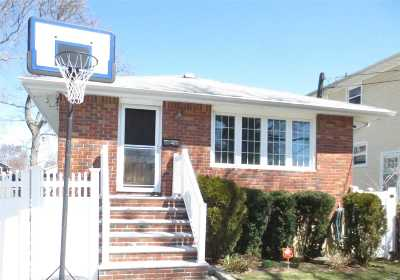 Single Family Home For Sale: 1653 Washington Ave