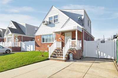Flushing Single Family Home For Sale: 154-59 25 Dr